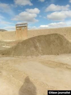 Земельный участок, за который борется Умар Файзуллаев.