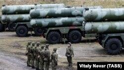 Рускиот ракетен одбранбен систем С-400