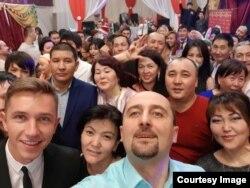 Андрей Буренок и кыргызстанцы, купившие землю