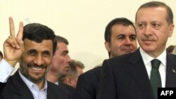 Syria is expected to figure prominently in talks between Turkish Prime Minister Recep Tayyip Erdogan (right) and Iranian President Mahmud Ahmadinejad (left). (file photo)