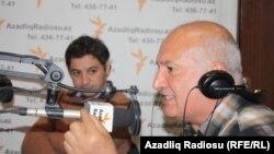 Aqşin Yenisey (solda) və Sərdar Cəlaloğlu