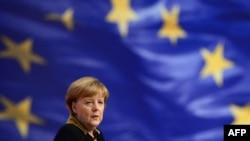 Գերմանիայի կանցլեր Անգելա Մերկելը Եվրամիության դրոշի ֆոնին, արխիվ