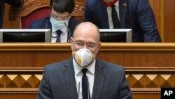 Прем'єр-міністр України Денис Шмигаль під час виступу у Верховній Раді, 30 березня 2020 року