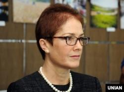 Марі Йованович