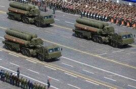 موشکهای پدافندی اس-۴۰۰ ارتش روسیه