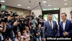 Premierii Macedoniei şi Greciei Zoran Zaev şi, respectiv, Alexis Tsipras