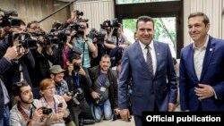Архивска фотографија- Премиерите на Македонија и на Грција, Зоран Заев и Алексис Ципрас,Софија, 17.05.2018