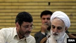 غلامحسین محسنی اژهای (راست) و حسین صفار هرندی