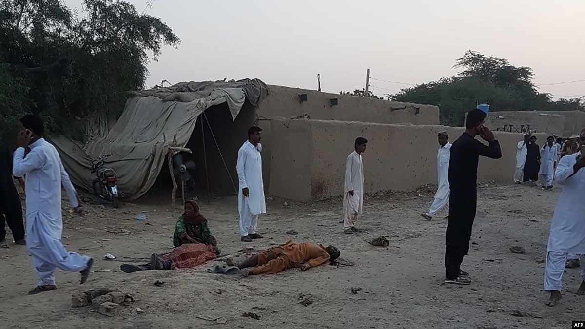 suicide bombing in pakistan At least 149 now reported killed in friday's suicide attack at a political rally in balochistan province 15 jul 2018 19:04 gmt the suicide bombing was the most deadly attack in pakistan in the.