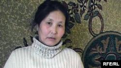 Оралманка Злиха Есенгалиева. Поселок Каратогай, Актюбинская область, 8 февраля 2010 года.