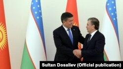 Qirg'iziston prezidenti So'o'ro'nbay Jeenbekov va O'zbekiston prezidenti Shavkat Mirziyoev