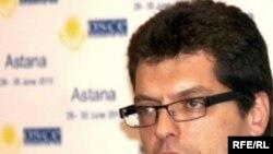 Янеш Ленарчич, директор Бюро по демократическим институтам и правам человека ОБСЕ, Астана, 30 июня 2010 года.