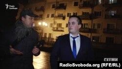Антикорупційний прокурор Назар Холодницький запевняє, що до Адміністрації президента прийшов на нараду