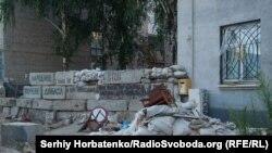 Баррикады в освобожденном Славянске, 13 июля 2014 года