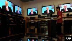 Владимир Путин провел очередной сеанс телемоста с гражданами России