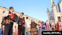 """Казан Кирмәнендә """"Түгәрәк уен"""" фестивале, 5 август 2017"""