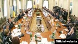 Нарада Віктора Ющенка з керівниками уряду, НБУ та банківських установ. Київ, 6 листопада 2008 р.