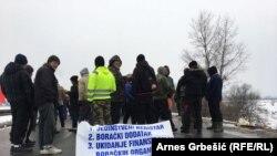Demobilisani borci su blokirali put nekoliko dana