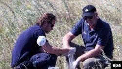 Міжнародні експерти на місці авіакатастрофи «Боїнга-777», Донеччина, 1 серпня
