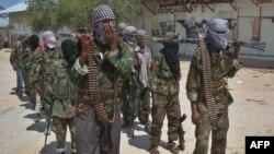 Бійці «Аш-Шабаб» у Могадішу, 5 березня 2012 року