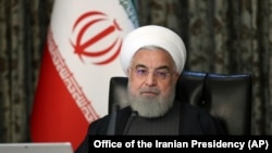 حسن روحانی میگوید «توطئه ضدانقلاب» این است که در دوره شیوع کرونا در ایران «کار و فعالیت اقتصادی» تعطیل شود