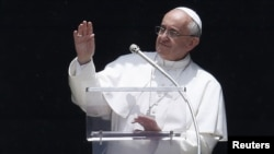 Папа Франциск, архівне фото