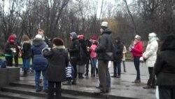 Марш львів'ян з баняками і друшляками