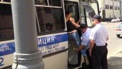 """Полиция защитила """"Единую Россию"""" от многодетных матерей"""