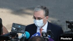 Armenian Foreign Minister Zohrab Mnatsakanian (archive photo)
