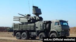 Ресей қарулы күшінің Pantsir-S1 зенит-зымыран кешені. Ресей аннексиялап алған Қырым түбегі, 9 шілде 2021 жыл.