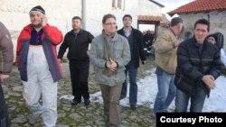 Градоначалникот на општина Прилеп Марјан Ристевски во посета на Манастирскиот комплекс Трескавец кој беше зафатен од пожар на 4 февруари 2013