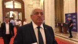 VIDEO Dan Ciocan, deputat PSD de Caracal, fuge de întrebări prin Parlament