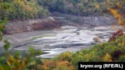 Ізобільненське водосховище в Алушті