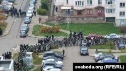 Сілавікі атачылі пратэстоўцаў у Менску, 15 ліатапада.