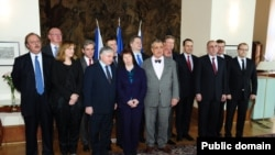 Չեխիա - Վիշեհրադյան քառյակի եւ ԵՄ-ի Արեւելյան գործընկերության ծրագրում ընդգրկված երկրների արտգործնախարարների հանդիպման մասնակիցները, Պրահա, 5-ը մարտի, 2012թ.