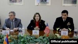 Armenia - Evelyn Farkas, the U.S. deputy assistant secretary of defense for Russia and Eurasia, U.S. Ambassador John Heffern (L) hold defense consultations with Armenian officials, Yerevan, 18Dec2013.