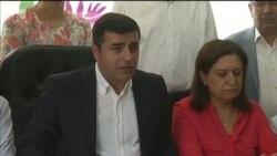Kürdyönümlü partiyanın lideri çevriliş cəhdini pisləyir