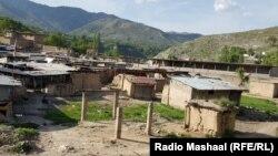 Xeybər vilayətində ucqar kənd (Foto arxivdəndir)