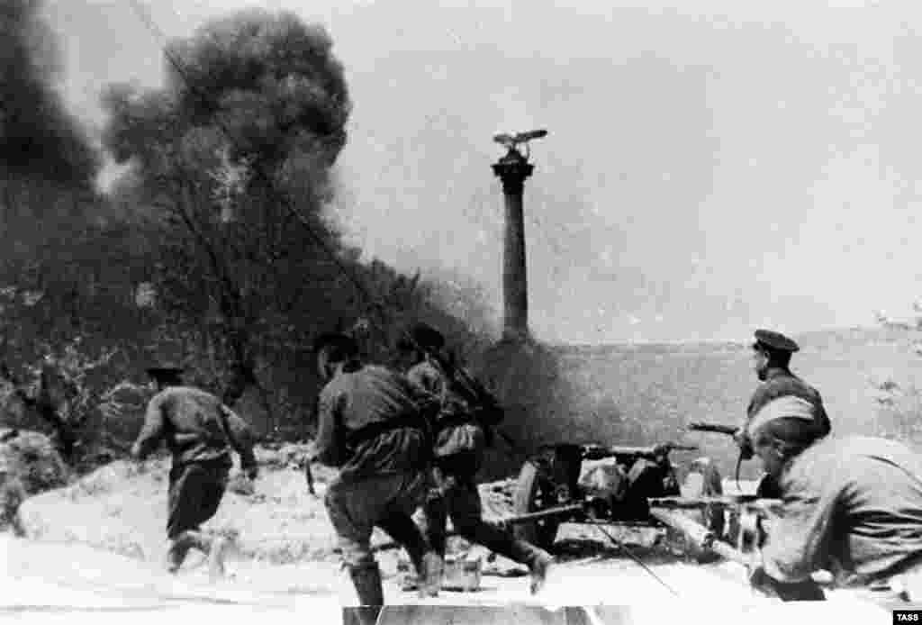 "The Germans did not have the time or the resources to rebuild the defenses of Sevastopol. However, the fighting among the ruins was brutal. Hitler's generals advised him to evacuate the city to avoid ""another Stalingrad,"" but he insisted that it be held at all costs. (Street fighting in Sevastopol in the spring of 1944)"