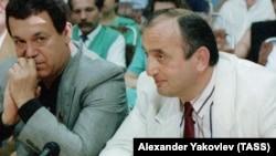 Иосиф Кобзон и Отари Квантришвили на соревнованиях по кикбоксингу, 1994 год