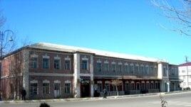 Müxalifət partiyalarının yerləşdiyi bina
