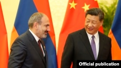 China -- Chinese President Xi Jinping meets with Armenian Prime Minister Nikol Pashinian in Beijing, May 14, 2019.