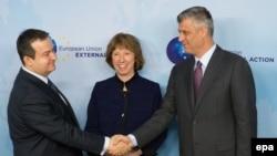 Briselski sporazum potpisali su marta 2013. tadašnji premijer Sbije Ivica Dačić i tadašnji premijer Kosova Hašim Tači (Hashim Thaci), uz posredovanja tadašnje šefice evropske diplomatije Ketrin Ešton (Catherine Ashton)