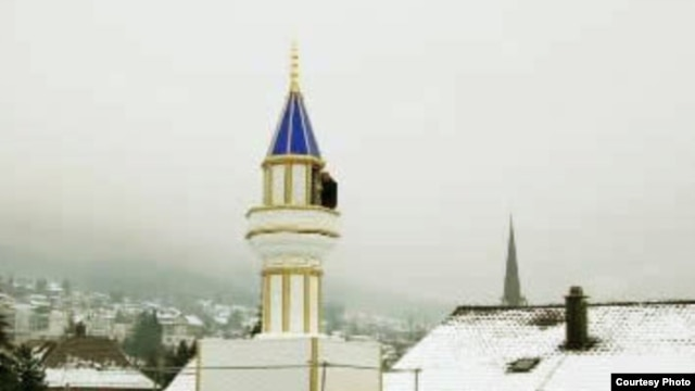 The four minarets already standing in Switzerland would not be affected by the ban.
