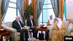 Ирандын Тышкы иштер министри Жавад Зариф Кувейттин жетекчилиги менен кездешүүдө.