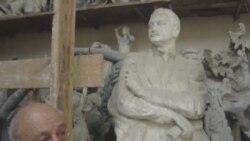 Rəsulzadənin heykəli