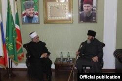 Муфтий Сербии Мевлюд Дудич и муфтий Чечни Салах Межиев в Грозном, 2019 год