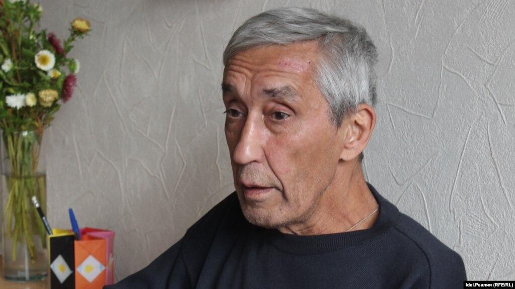 Атнер Хузангай