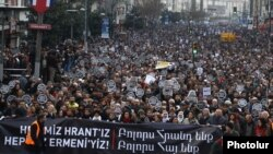 Turkey - Thousands of people rally in Istanbul on the the fifth anniversary of ethnic Armenian journalist Hrant Dink's assassination, 19Jan2012.