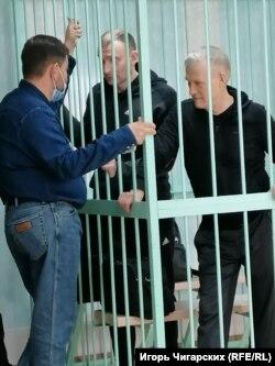 Владимир Бызов и Александр Гитер на суде